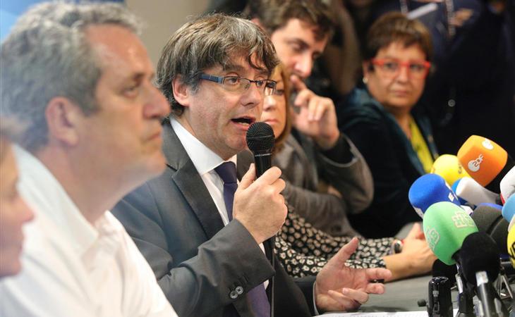 Carles Puigdemont durante la rueda de prensa en Bruselas