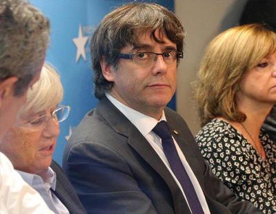 Puigdemont descarta asilo político, asume las elecciones del 21-D y pone en duda la justicia española