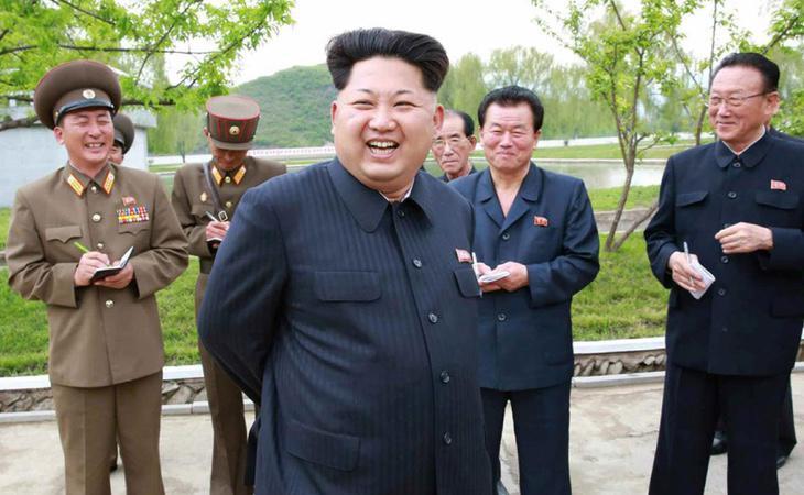 Kim Jong-un asegura que lanzará un castigo inmisericorde contra EEUU