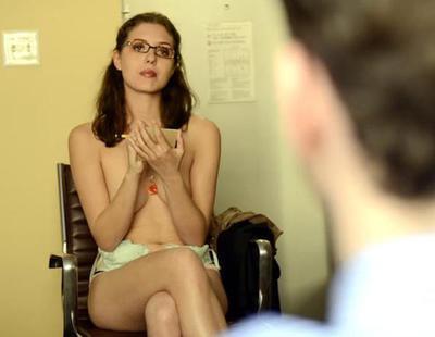 """Esta psicóloga se desnuda para """"animar a sus pacientes a sincerarse"""""""