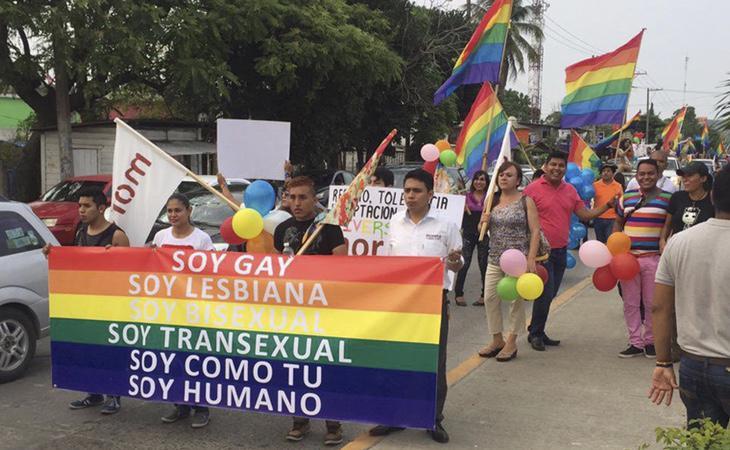 Los homosexuales, bisexuales y transexuales están marginados por la legalidad boliviana