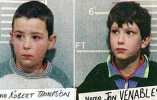 Mataron a un niño de dos años, el juez les dejó en libertad y ahora viven bajo protección