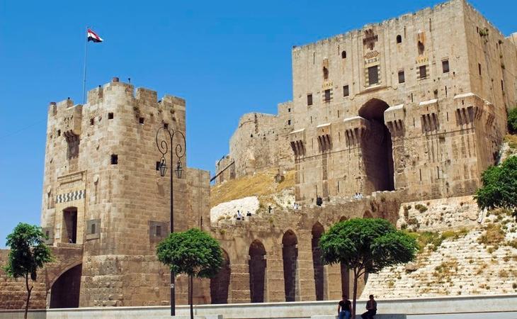 La ciudadela de Damasco (en fotografía, su entrada) se encuentra en serio peligro de desaparición
