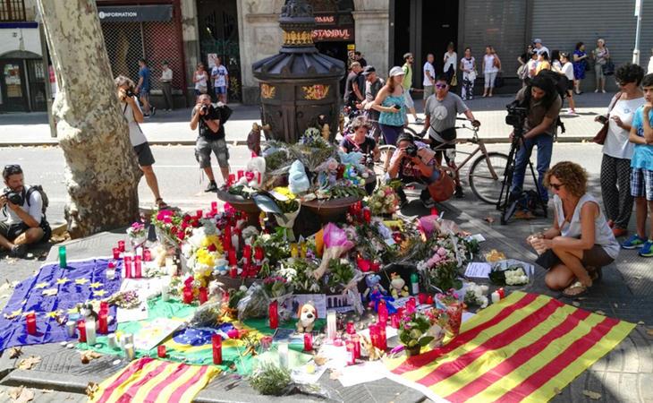 La ola de solidaridad tras los atentados de Barcelona recorrió todo el planeta
