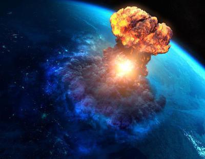 Una bola de fuego como cien lunas llenas cruza el cielo del Ártico