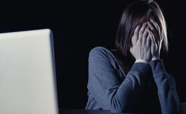 El 19% de las mujeres españolas declaran haber sufrido abusos en Internet