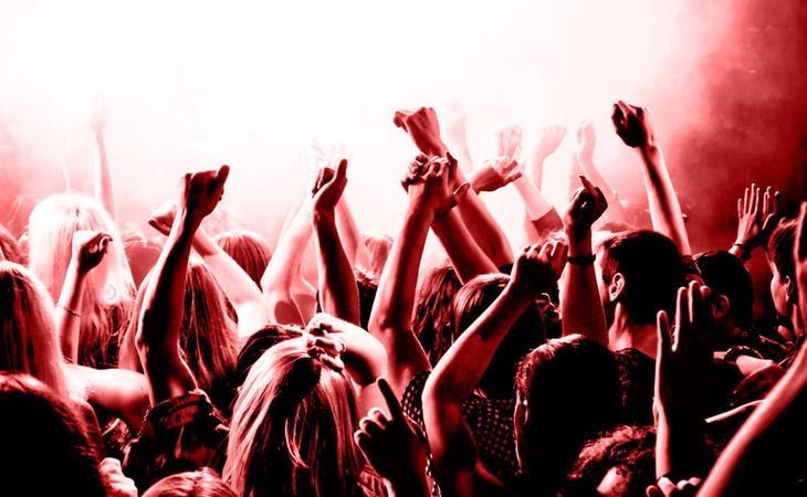La discriminación en los bares y discotecas por razón de sexo está comenzando a ser cuestionado