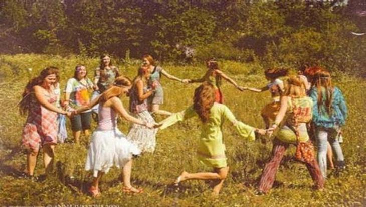 La ruta se popularizó entre los hippies, que buscaban descubrir nuevos lugares y vivir todo tipo de experiencias
