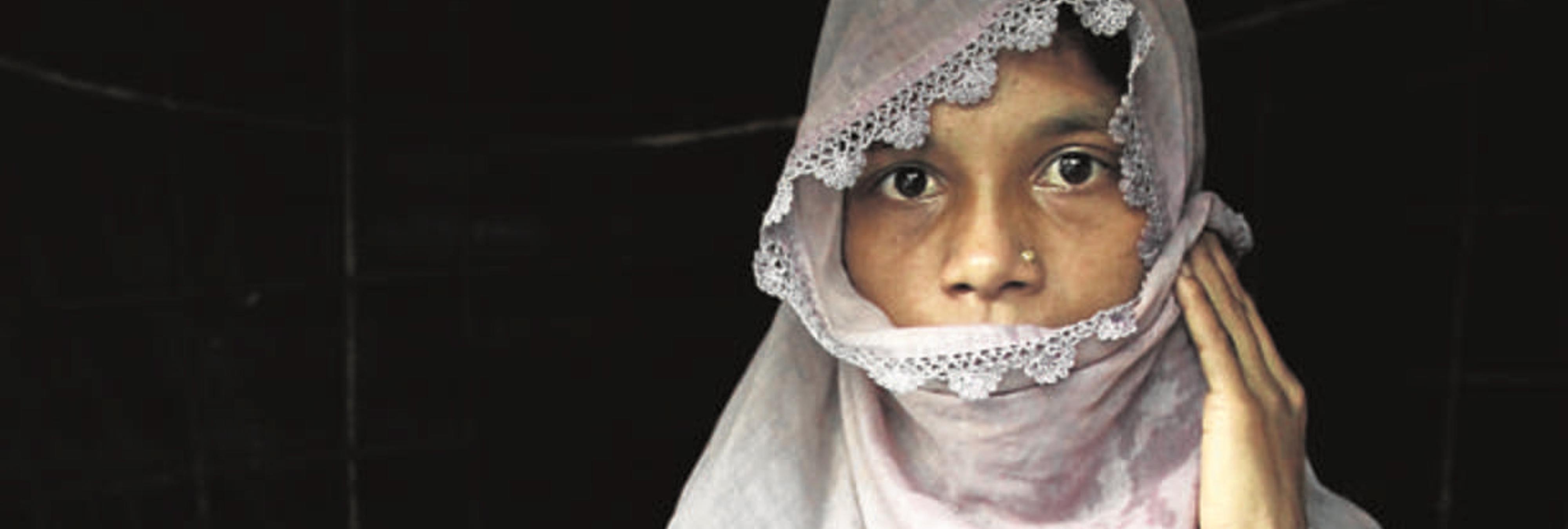 """El genocidio del que no se habla: """"Los birmanos tiraron mi bebé al fuego y me violaron"""""""