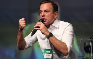 Propone alimentar a los pobres con pienso: ahora quiere gobernar Brasil y tiene apoyos