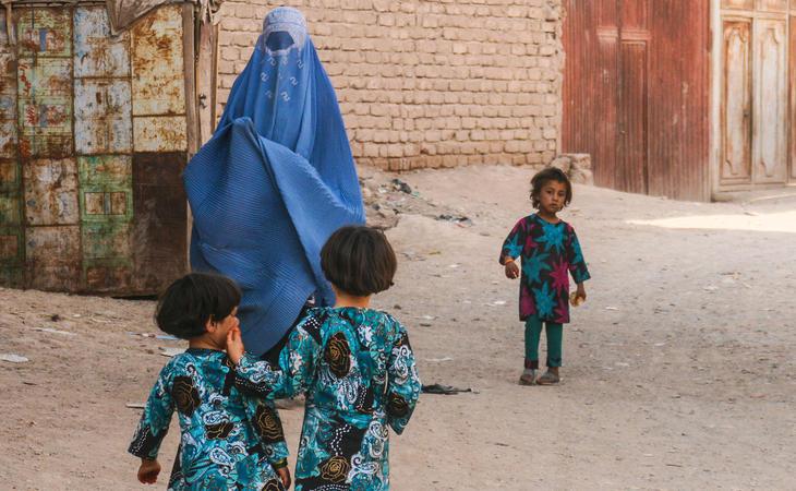 El Gobierno de Kabul no cumple su compromiso de impedir la venta de niñas