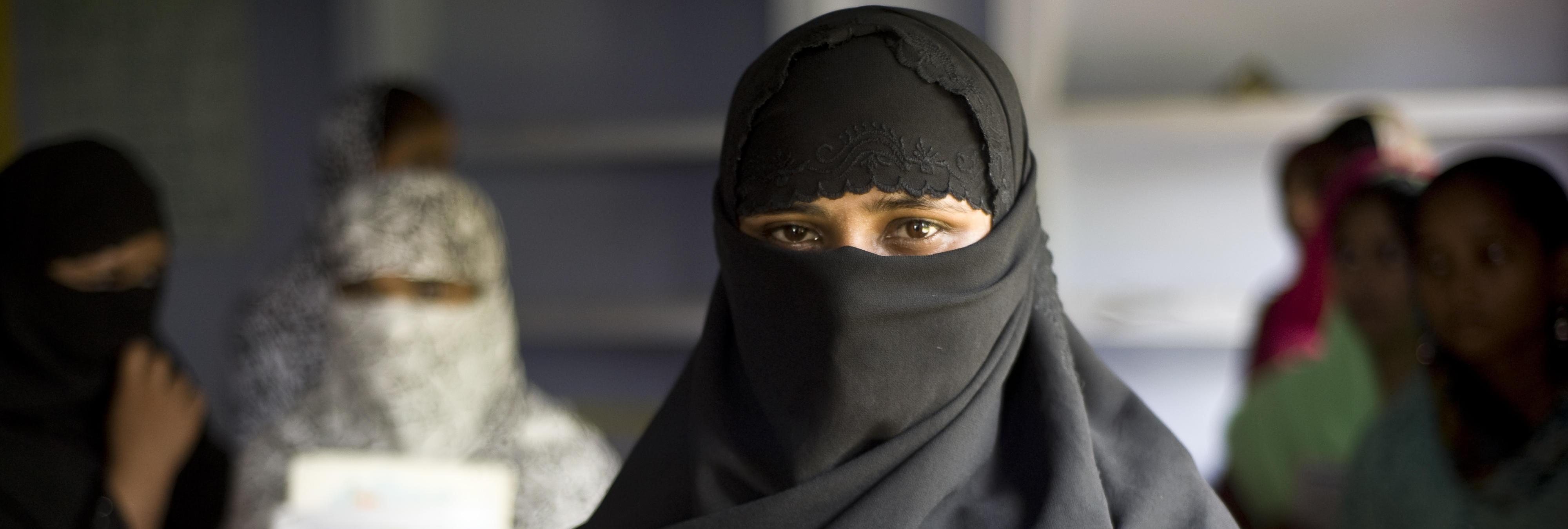 Así se vende por dos euros una niña-esposa en Kabul