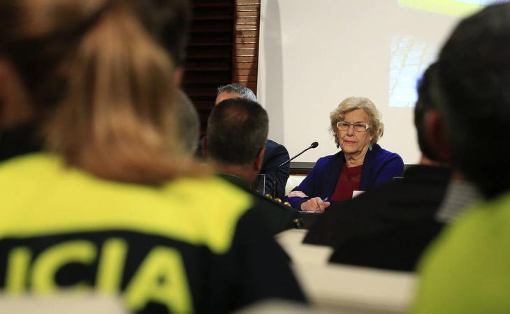 Manuela Carmena, periodistas, inmigrantes y políticos de izquierda fueron insultados y amenazados en un chat de policías municipales de Madrid
