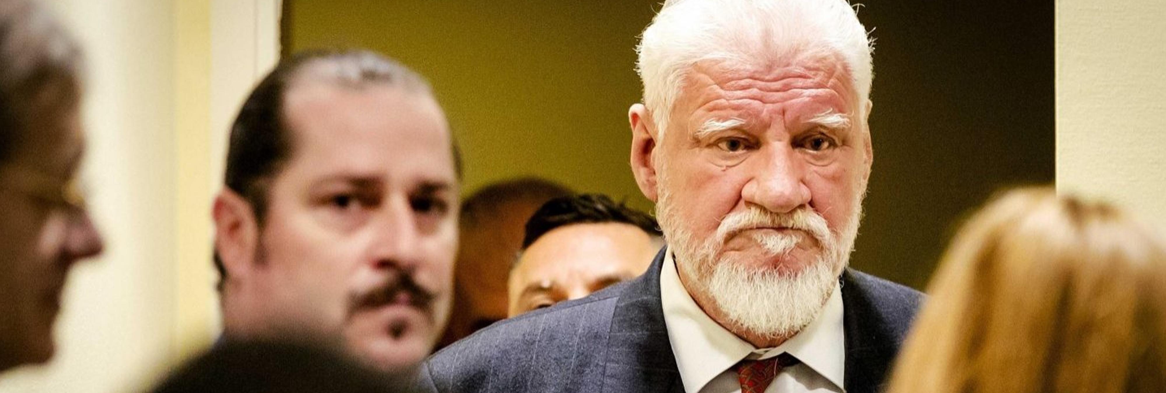 Un criminal de guerra bosnio ingiere veneno tras ser condenado a 20 años por La Haya