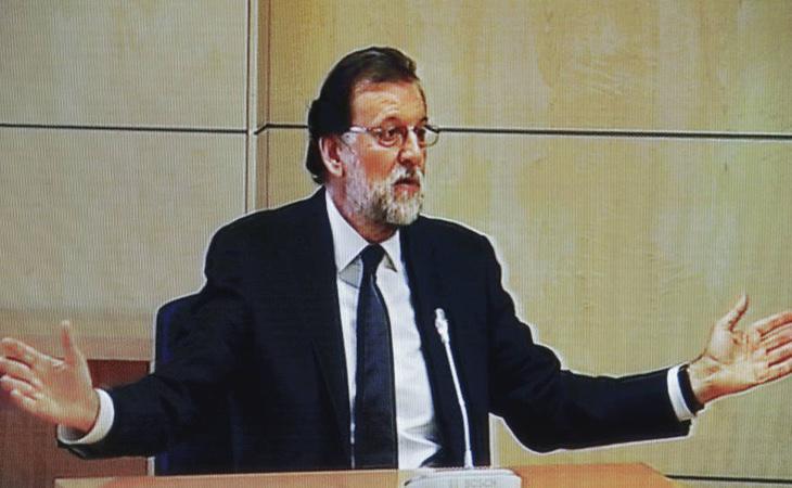 Mariano Rajoy, primer presidente en ejercicio de la democracia en sentarse en el banquillo de la justicia