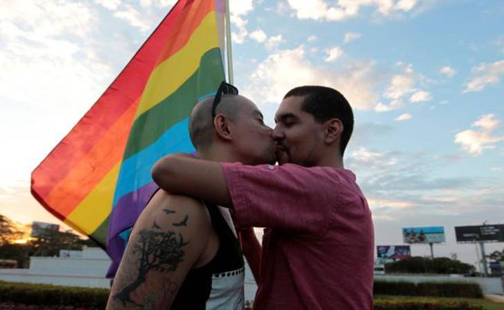 La OMS dejó de considerar la homosexualidad una enfermedad en 1990