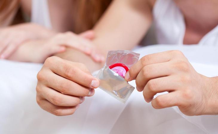 Solo la utilización del preservativo garantiza al 100% la prevención de ETS siempre y cuando no ocurran sucesos adversos como una rotura