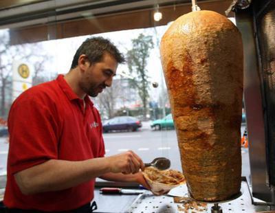 La Unión Europea asegura finalmente que no prohibirá la venta de kebabs en España