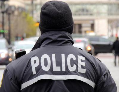 Un vehículo arrolla a la multitud y deja un muerto y tres heridos en Nueva York