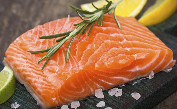 El salmón vendido en Wal-Mart y Aldi financiaba al programa nuclear de Corea del Norte