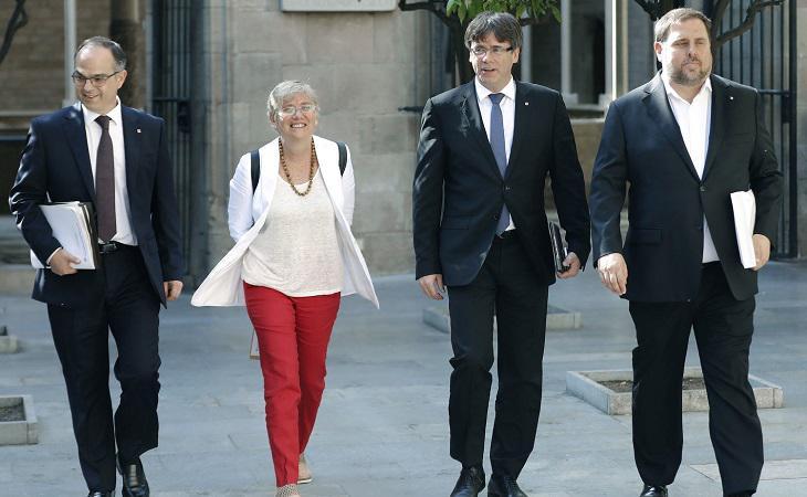 Clara Ponsatí junto a Puigdemont, Junqueras y Turull