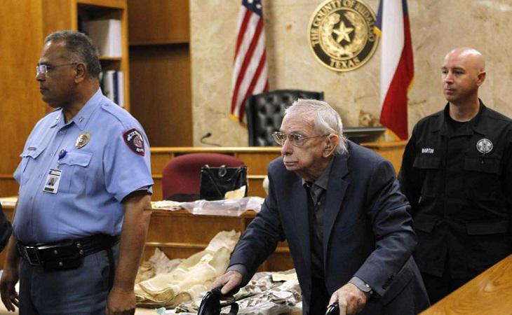 John Feit durante el juicio por el asesinato de una joven hace 57 años