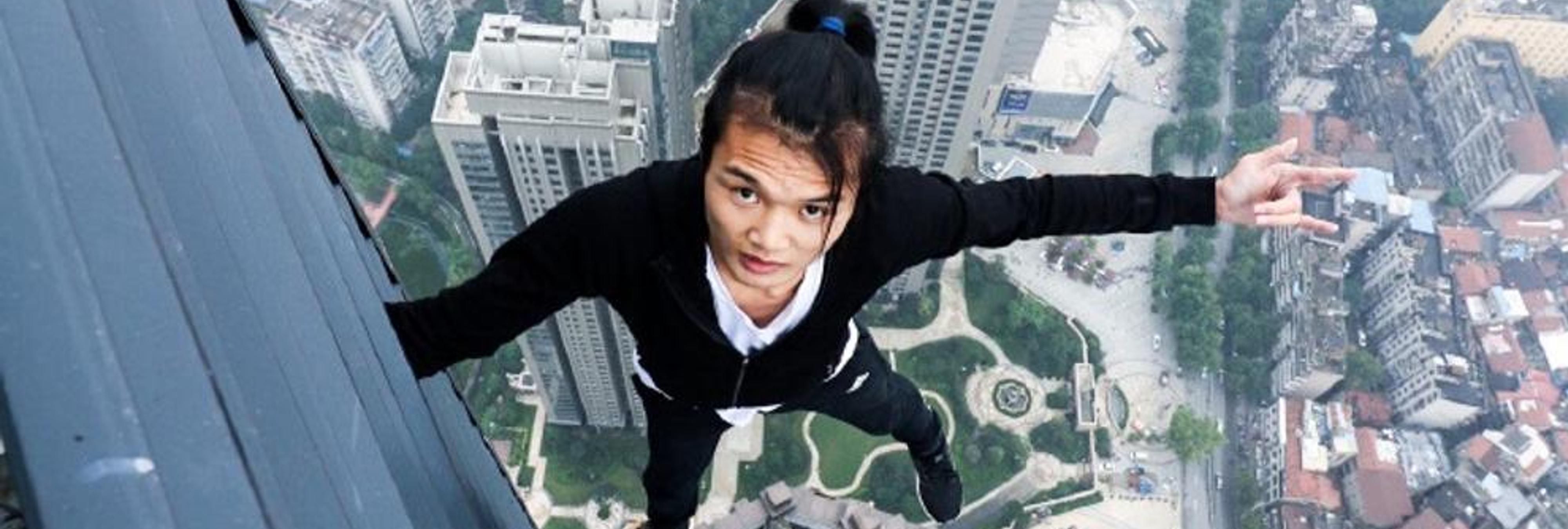 Un youtuber graba su propia muerte desde lo alto de un rascacielos
