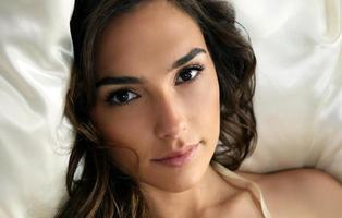 Crean vídeos porno con caras de famosas mediante inteligencia artificial y es muy dañino