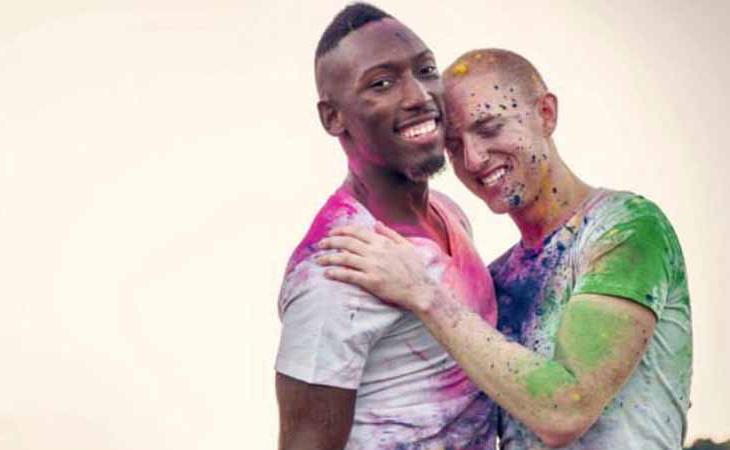 Winston Godwin y Greg DeRoche, pareja que ha luchado por el matrimonio igualitario en Bermudas