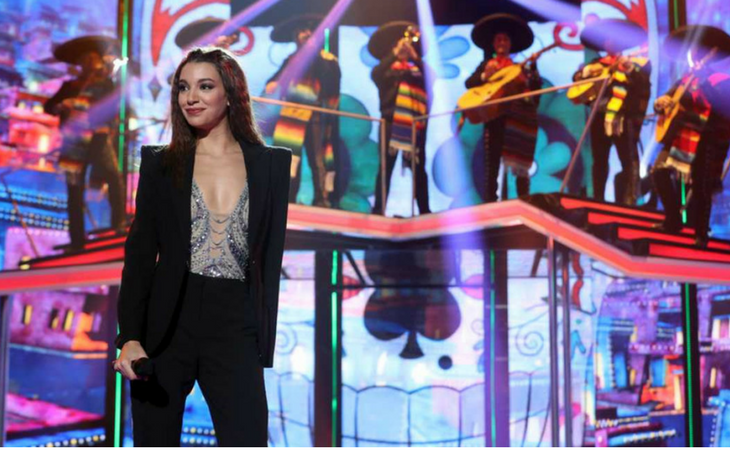 Ana Guerra interpretando 'La Bikina' en la Gala 5 de 'OT 2017'