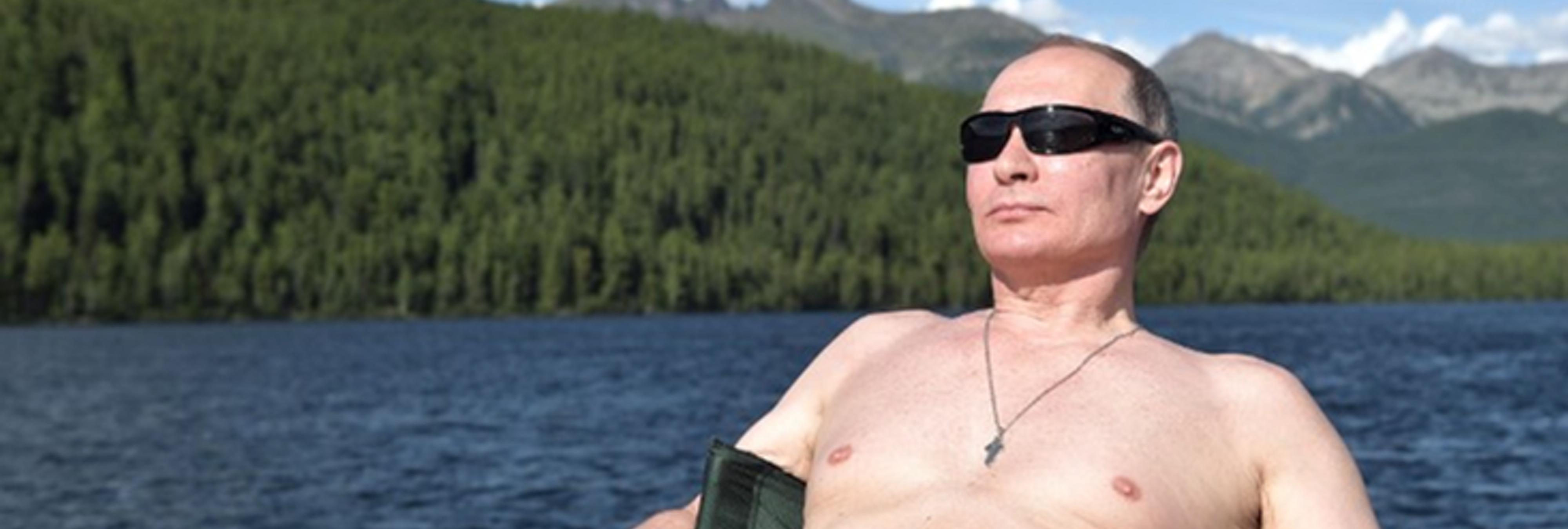 El calendario sexual de Putin se agota en segundos y causa furor en el extranjero