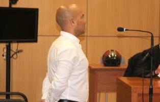Detenido en Valencia tras violar a su casera y disculparse por WhatsApp