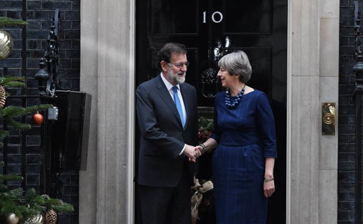 El acuerdo se firmó en la última reunión entre May y Rajoy en Downing Street