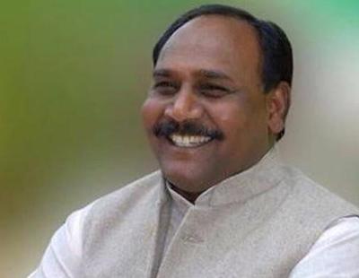 Investigan al Ministro de la Felicidad indio por asesinar a un disidente político