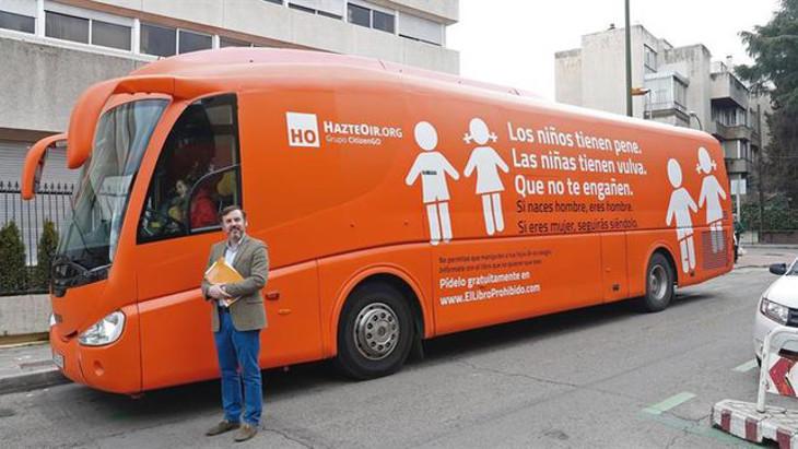 El autobús de HazteOir ha sido sancionado