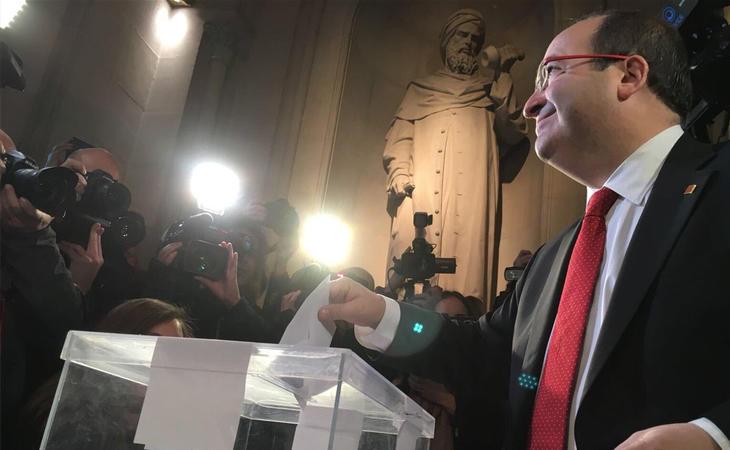 Miquel Iceta (PSC) acude a votar: