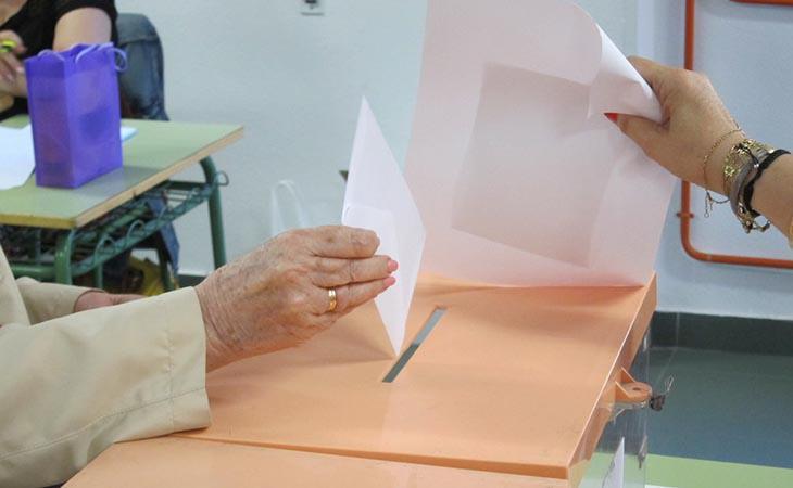 La participación aumenta especialmente en las comarcas menos independentistas