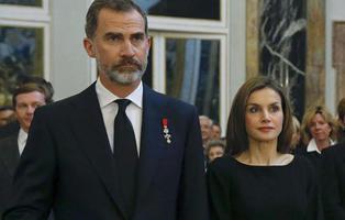 Sin viajes al extranjero: así está limitando el procés la navidad del Rey Felipe y Letizia