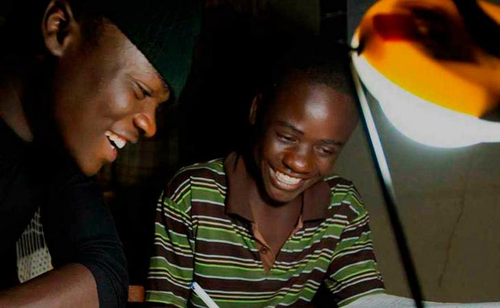 La electricidad prepago es uno de los elementos que oferta Baluwo