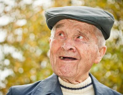 Un anciano termina con orgasmos salvajes y espontáneos tras operarse de la próstata