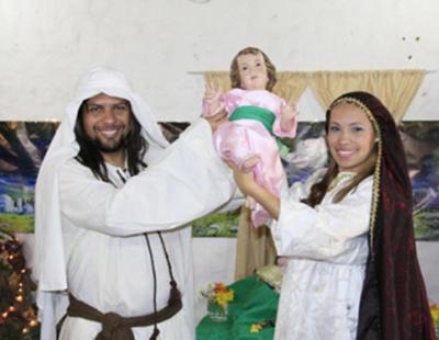 Pollo frito, el Niño Jesús corriendo... ¿Cómo celebran la Navidad en otros países?