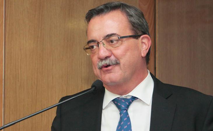 El viceconsejero de Sanidad, Manuel Molina