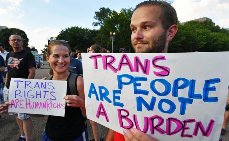 Concentración en favor de los derechos de los transexuales en EEUU