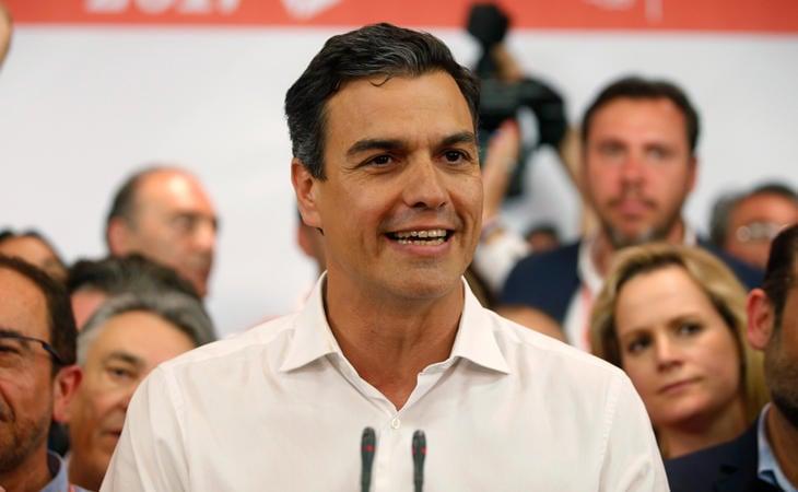 Sánchez gana las primarias del PSOE