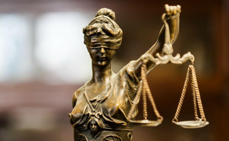 El letrado ha cargado contra la denunciante con varias declaraciones polémicas