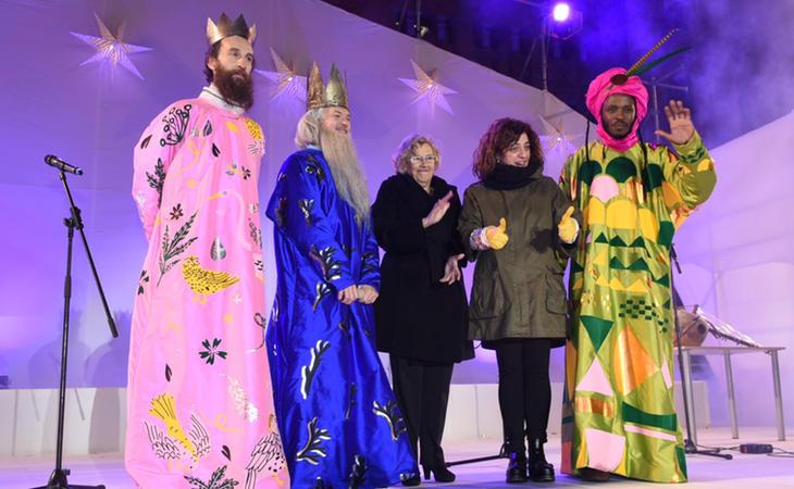 Carmena y los polémicas trajes de los Reyes Magos en 2016