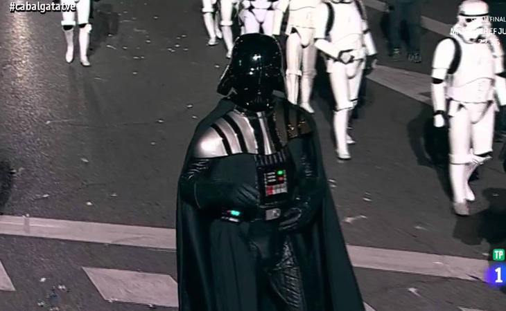 ¿Denunciarán a Darth Vader por participar en la Cabalgata o es que ha aparece en la biblia y no nos hemos enterado?