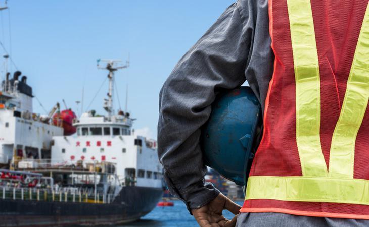 El hombre había desarrollado sus problemas trabajando como ingeniero en un barco