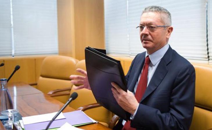 Gallardón agradeció la oportunidad de dar su versión ante la comisión