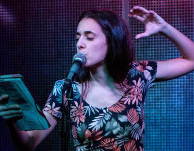 El revolucionario poema feminista compuesto a partir de canciones machistas